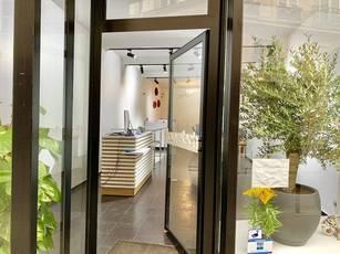 Location ou cession local commercial 125m² Paris 1Er - 2.500€