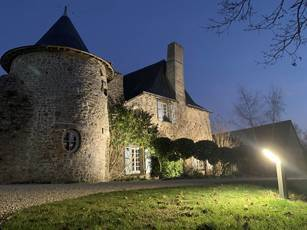 La Rouaudiere (53390)
