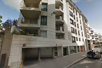 Location garage, parking Paris 18E - 135 €