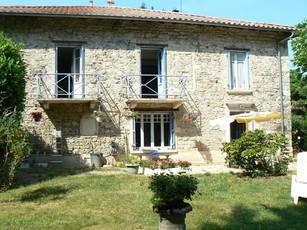 Vente maison 235m² Poule-Les-Écharmeaux - 329.000€