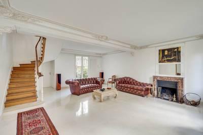 Location meublée maison 200m² Levallois-Perret - 6.400€