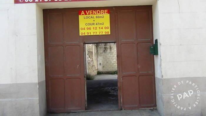 Location Local d'activité Marseille 3E 65m² 710€