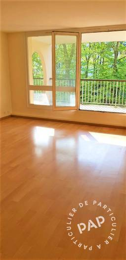 Location Appartement Évry 60 m² 840 €