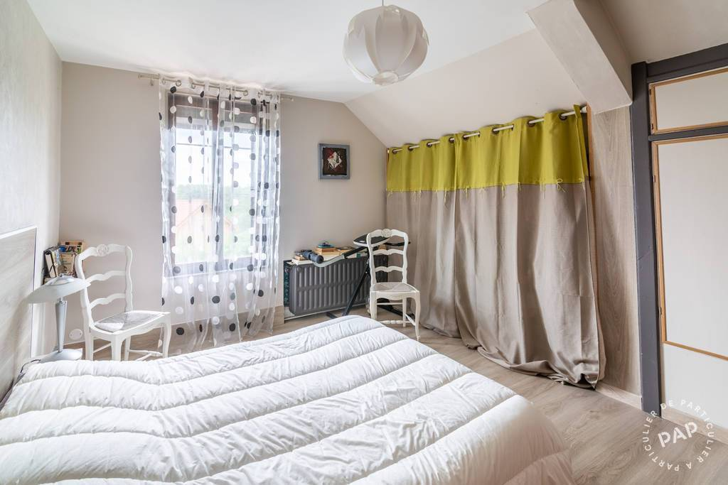 Maison 290.000€ 220m² Le Favril (59550)