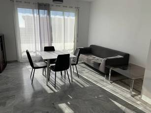 Location appartement 3pièces 71m² Nice - 1.100€