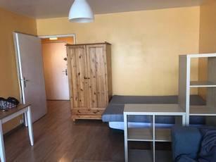Location meublée studio 32m² Paris 18E - 1.100€