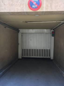Location garage, parking Paris 16E - 200€