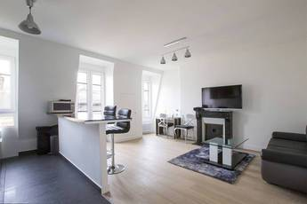 Location meublée appartement 2pièces 42m² Paris 16E - 1.500€