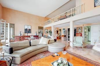 Vente appartement 5pièces 164m² Hyeres (83400) - 790.000€