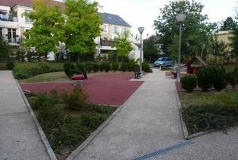 Location appartement 2pièces 42m² Voisins-Le-Bretonneux (78960) - 835€