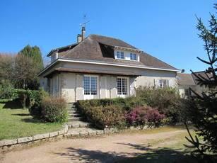 Vente maison 140m² Chateauneuf-La-Foret (87130) - 200.000€