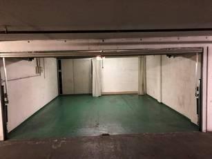 Location garage, parking Paris 16E - 350€
