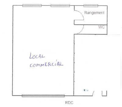 Bureaux, local professionnel Amélie Les Bains, À 9Km De Céret - 65m² - 325€