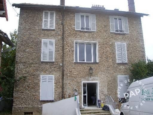 Location Appartement Saint-Arnoult-En-Yvelines (78730) 50m² 700€