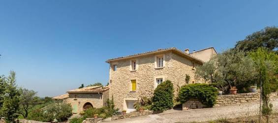 Vente maison 380m² Saint-Pierre-De-Vassols - 720.000€