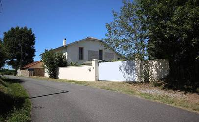 Vente maison 364m² Hagetaubin (64370) - 480.000€