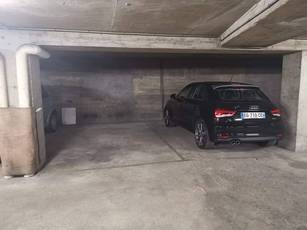 Location garage, parking Paris 17E - 155 €