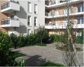 Location studio 34m² La Rochette (77000) - 655€