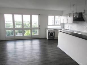 Location appartement 3pièces 65m² Thiais (94320) - 1.120€