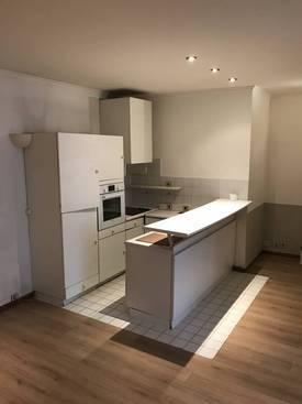 Location appartement 2pièces 56m² Paris 20E - 1.449€