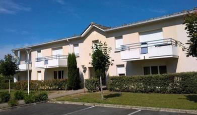 Location appartement 2pièces 42m² Mirambeau - 419€