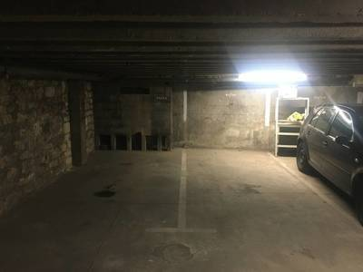 Location garage, parking Paris 12E - 65 €