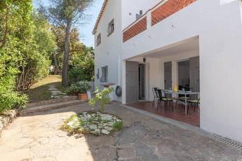 Location meublée appartement 2pièces 47m² Frejus (83) - 750€