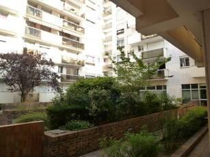 Location appartement 3pièces 68m² Paris 11E - 1.900€