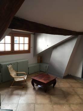 Location meublée appartement 3pièces 75m² Paris 18E - 1.700€