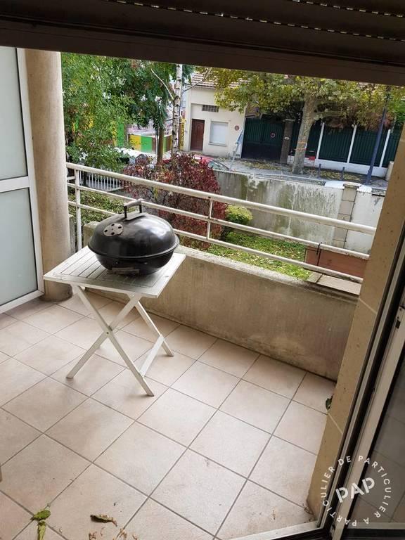 Location Appartement Parking+Balcon. Montreuil