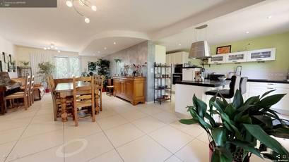 Vente maison 188m² Montreuil-Juigne (49460) - 329.900€