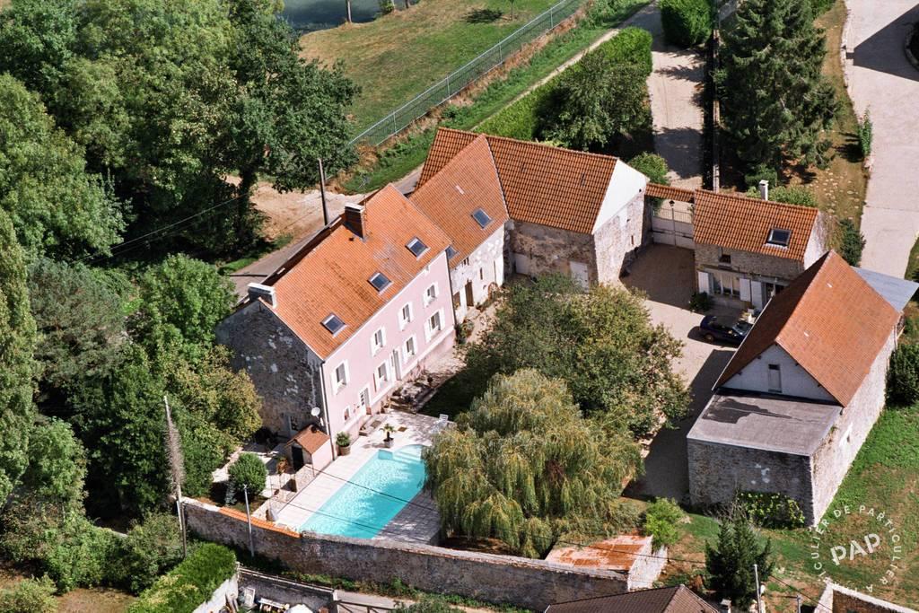 Vente Maison Saint-Cyr-Sur-Morin 400m² 430.000€