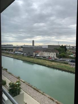 Location appartement 3pièces 67m² Saint-Denis (93) - 1.150€