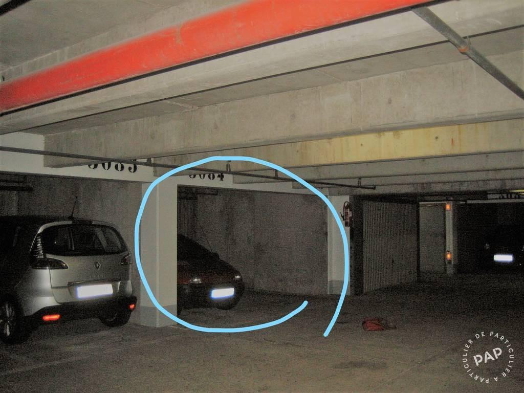 Location Garage, parking Paris 10E 12m² 130€