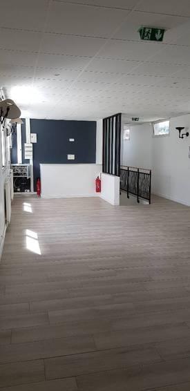 Location bureaux et locaux professionnels 140m² Saint-Maur-Des-Fosses (94) - 2.240€
