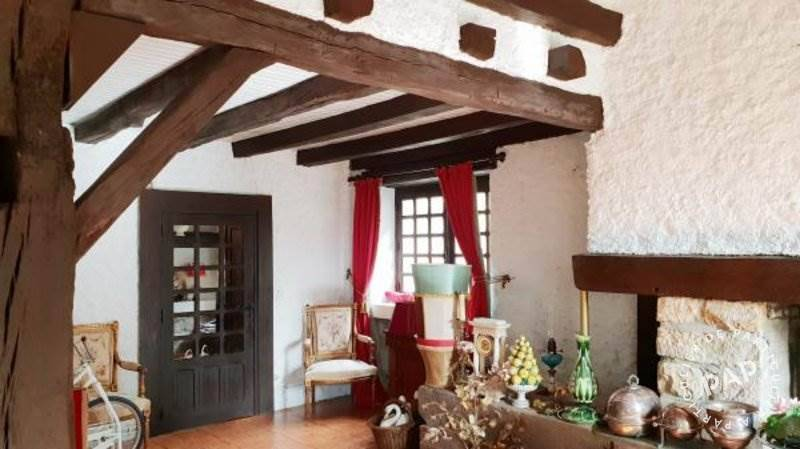 Maison 300.000€ 250m² Aydoilles (88600)