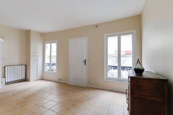 Vente studio 32 m² Paris 18E - 370.000 €