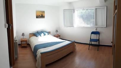Location meublée maison 50m² Cuers (83390) - 650€