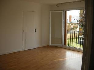 Location appartement 32 m² Arpajon (91290) - 650 €