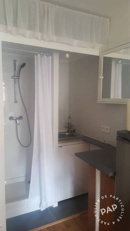 Location Appartement Paris 17E