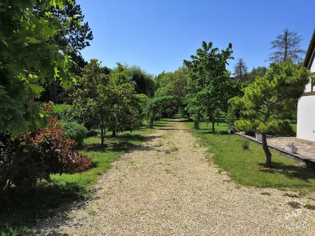 Immobilier Sainte-Gemme-Moronval (28500) 535.000€ 225m²