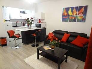 Location meublée studio 30m² Bandol (83150) - 625€