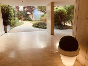 Location meublée studio Neuilly-Sur-Seine (92200) - 1.500€