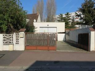 Location bureaux et locaux professionnels 152m² Livry-Gargan (93190) - 2.000€
