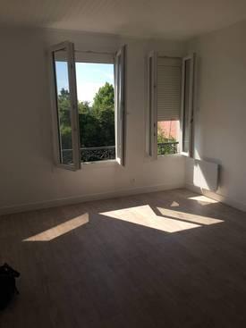 Location appartement 2pièces 50m² Champagne-Sur-Oise (95660) - 790€