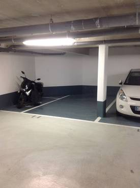 Location garage, parking Paris 18E - 100 €