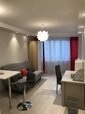 Location meublée studio 24m² Les Lilas - 800€