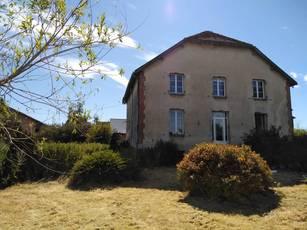 Vente maison 250m² Savigny-Sur-Aisne (08400) - 175.000€