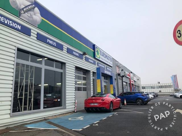 Location Local commercial Plaisir (78370) 586m² 8.395€