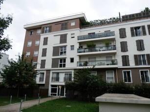 Location appartement 2pièces 47m² Courbevoie - 1.260€